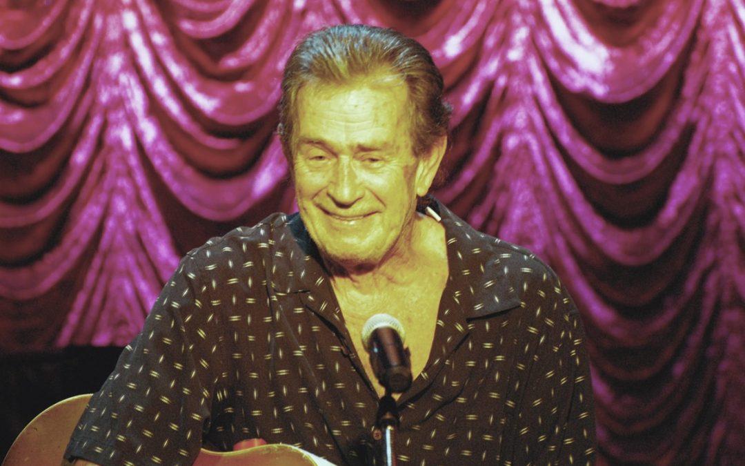 Troubadour John Wells Returns to Red Barn Theatre